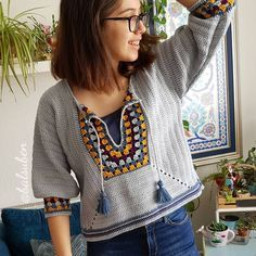 Easy crochet top pullover free pattern - New Ideas Black Crochet Dress, Crochet Jacket, Crochet Cardigan, Love Crochet, Easy Crochet, Knit Crochet, Crochet Tops, Crochet Videos, Crochet Fashion