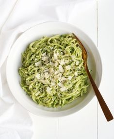 Romige Avocado-Spinazie Pasta Veggie Recipes, Pasta Recipes, Vegetarian Recipes, Healthy Recipes, Vegan Meals, Fast Dinner Recipes, Delicious Dinner Recipes, Yummy Food, Canned Blueberries