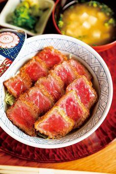 京都観光の楽しみの一つといえばランチ!おばんざいや京懐石など、京都らしいグルメも候補にしたいけど、食べごたえのある肉料理もおすすめ!そこで、京都に来たら絶対食べてほしい、肉自慢な店ベスト3を紹介!<情報は2017年3月18日発売の京都観光ラ...