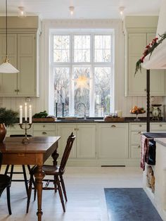 Kitchen open cabinets paint for 2019 Interior Design Kitchen, Interior Design, House Interior, Beautiful Kitchens, Kitchen Interior, Home, Interior, Vintage Farmhouse Kitchen, Home Decor
