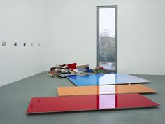 Adrian Schiess Yves Klein, Artistic Installation, Damien Hirst, Art Boards, Sculpture Art, Cube, Contemporary Art, Relationships, Colour