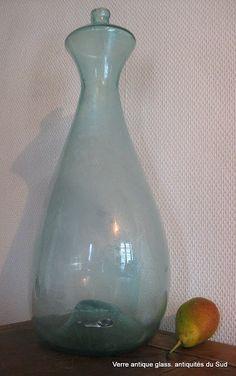 Rarissime & Exceptionnel Biberon de Berger. Verre soufflé de Grésigne (Tarn)France. Hauteur 46 cm. XVIII ème siècle