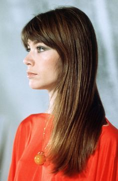 francoise hardy i love her hair perfect!
