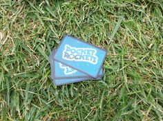 Pocket Rockets: juego de cartas en la piscina – Mistarnia