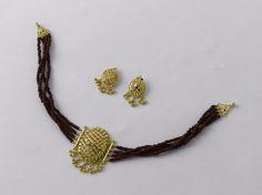 Veni, Vidi, Vici !  Choker: weight 5 gm,Price Rs. 15655/- Earring: weight 4 gm, Price Rs 12550/- Gold Mangalsutra Designs, Gold Jewellery Design, Gold Jewelry, Beaded Jewelry, Ankle Jewelry, Wedding Jewelry, Lockets, Chokers, Body Jewelry