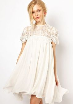 White Contrast Lace Short Sleeve Ruffle Dress pictures