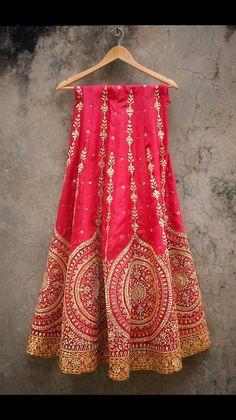 I want!!! Beautiful Indian lehenga