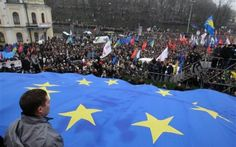 """Medvedev: """"La rivolta di Kiev, una insurrezione armata"""""""
