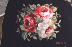 Vintage 1930' wool Roses & Buds needlepoint by Rainydayantiques