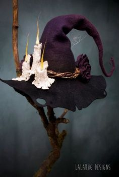 Ideas Hat Witch Costumes Ideas Hat Witch CostumesYou can find Witch hats and more on our Ideas Hat Witch Costumes Ideas Hat Witch Costumes Halloween Kostüm, Holidays Halloween, Halloween Decorations, Halloween Costumes, Manualidades Halloween, Witch Aesthetic, Halloween Disfraces, Kitchen Witch, Felt Hat