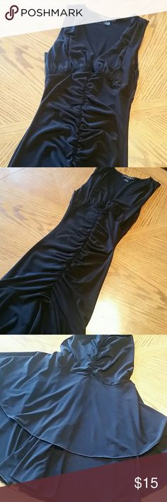 """Black Arden B Dress Size small. 93% poly 7% spandex. Hi-Low style. V-neck in front. Cinching down the center in front and back. Length is 47"""" on back hem and 37"""" on front (approx). Reposh. Original posher said it's only been worn once. It was too tiny for me. Very fitting!!! Arden B Dresses High Low"""