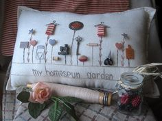 My Homespun Garden Pillow Cottage Style di PillowCottage su Etsy