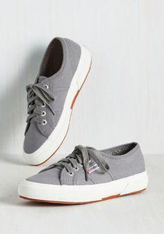 Active Kindness Sneaker in Grey