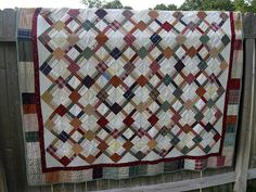 Awesome Plaid quilt.. love it!  Hand drawn diagram on this link.