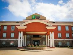 Nacogdoches (TX) Holiday Inn Express Hotel & Suites Nacogdoches United States, North America Ideally located in the prime touristic area of Nacogdoches, Holiday Inn Express Hotel & Suites Nacogdoches promises a relaxing and wonderful visit. Featuring a complete list of amenities, guests will find their stay at the property a comfortable one. Facilities like free Wi-Fi in all rooms, 24-hour front desk, facilities for disabled guests, express check-in/check-out, meeting faciliti...