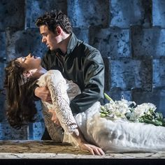 Janay Brazier: Theatre Review: Romeo and Juliet - Richard Madden, Lily James, Derek Jacobi