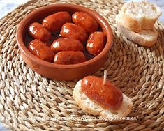 Tapas, Pretzel Bites, Bread, Food, Appetizers, Like Water For Chocolate, Spanish Food, Cook, White Wine