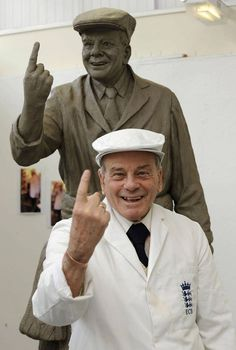 A STATUE of cricket legend Dickie Bird is being raised on its plinth – because revellers keep hanging items on his outstretched finger. Cricket Books, World Cricket, Test Cricket, Cricket Sport, Dickie Bird, Mitchell Starc, Ricky Ponting, Kane Williamson, Ab De Villiers