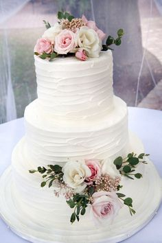 Wisteria Grove - Claremont, CA, United States. the flowers on my cake added a beautiful touch!