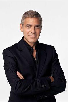 La ciudad de Venecia se viste de gala y se convierte en la capital del cine con motivo de la 74º Mostra de Venecia. Del 30 de agosto al 9 de septiembre un total de 21 películas, todas estrenos mundiales, competirán por el León de Oro.  George Clooney - director de Surbicon