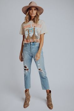 Neo Grunge, Grunge Style, Soft Grunge, Cute Lazy Outfits, Outfits With Hats, New Outfits, Band T Shirts, Grunge Outfits, Grunge Fashion