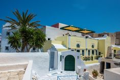 Christos Apartments Oia || Located close to the castle of Oia and just a 5-minute walk from the main square of the village, Christos Apartments Oia offers accommodation with kitchenette and sea-view balcony.