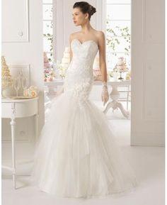Tyl Elegantní & luxusní Výšivka Svatební šaty 2015