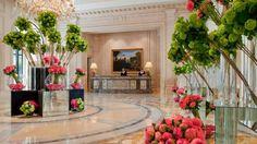NOUVELLE COUR DE MARBRE DU FOUR SEASONS HOTEL GEORGE V ! #Luxe https://www.obsessionluxe.com/2016/04/09/cour-de-marbre-four-seasons-hotel-george-v/