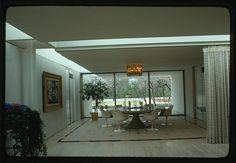 Miller house, Columbus, Indiana, 1953-57. Dining area