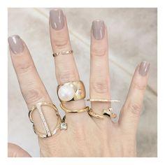 @au.showroom press day today with @laurenchisholm_ @selinkent @tara4779 @diabolikill!! #jewelry #finejewelry #conceptjewelry