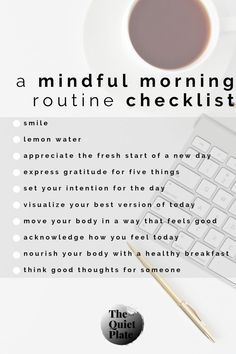 Early bird gets the worm! This article from The Quiet Plate will teach you how to start your day with a morning routine that will. Morning Routine Checklist, Beauty Routine Checklist, Healthy Morning Routine, Morning Habits, Morning Routines, Early Morning Workouts, Healthy Routines, Healthy Habits, Get Healthy