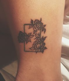 // the 1975 floral tattoo //