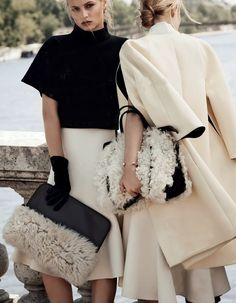 Chic in a Sheep's Skin photo by Paolo Zerbini for Vogue Russia October 2013 Bags - Phillip Lim Looks Street Style, Looks Style, My Style, Curvy Style, Black And White Outfit, Black White Fashion, Elegant Woman, Moda Fashion, Womens Fashion