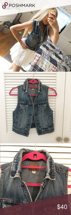 Like New ⭐️ Denim Vest from American Eagle Only worn once. Excellent condition. Cute with maxi dresses! Material is thick. Runs true to size American Eagle Outfitters Tops