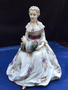 Types Of Lace, Lace Art, Lacemaking, Bobbin Lace, Needlework, Pottery, Dolls, Lady, Fabric