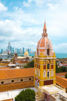 Situated along the Caribbean coastline, Cartagena is one of the best destinations in all of Colombia. Here are the top things to do in Cartagena, Colombia. New Travel, Canada Travel, Travel Goals, Holiday Travel, Colombia South America, South America Travel, Latin America, Amazing Destinations, Travel Destinations