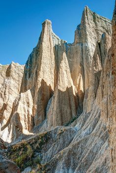 Clay Cliffs near Omarama on South Island, New Zealand. Photo by panafoot.
