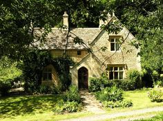 Woodwells Cottage in the Cotswolds, UK