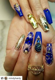 Blue and gold nails design