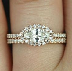 14 Engagement Rings That Show Off the Trend That's About to Take the World by Storm