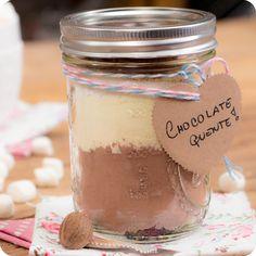 Bateu uma vontade agora!  **** Chocolate quente no pote para os dias de friozinho e preguiça!!