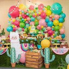 • 🎉 • Créditos : @partyplannerandprojects #celebrexpo #fiesta #eventos #celebracion #decor #ideas First Birthday Parties, Birthday Party Themes, First Birthdays, 10th Birthday, Birthday Ideas, Llama Birthday, Baby Girl Birthday, Deco Baby Shower, Fiesta Theme Party