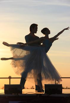 Free picture on pixabay - ballet, evening, sunset - all about dance - Wallpaper Dance Photos, Dance Pictures, Free Pictures, Free Images, Photo Trop Belle, Ballet Couple, Dancing Couple, Image Hd, Evening Sunset