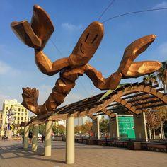 """Barcelona's big Lobster """""""