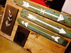 Arrows on Reclaimed Wood ------>>