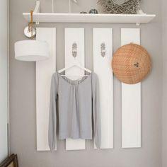 Garderobe dus even een muurtje schilderen en opsakee