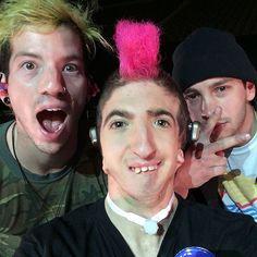 @pleasantandy got to meet Tyler and josh today! 2/11/17