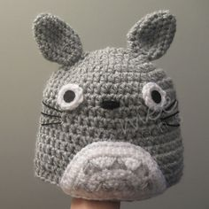 Take Totoro with you wherever you go! Have Totoro keep you warm this winter!