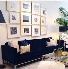 Perfect blue sofa for your living room 46 ⋆ Main Dekor Network Living Room Paint, New Living Room, Living Room Sofa, Living Room Interior, Living Room Furniture, Furniture Stores, Apartment Living, Apartment Therapy, Blue Velvet Sofa Living Room