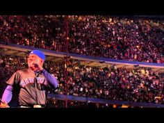 Billy Joel feat. Garth Brooks - Shameless (Live at Shea) - That was so insanely awesome!